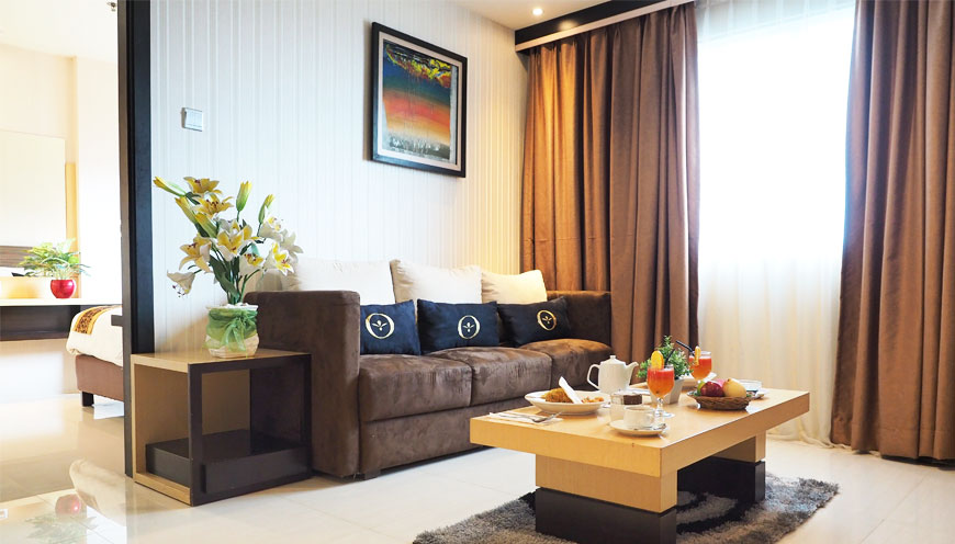Executive Suite Room 01